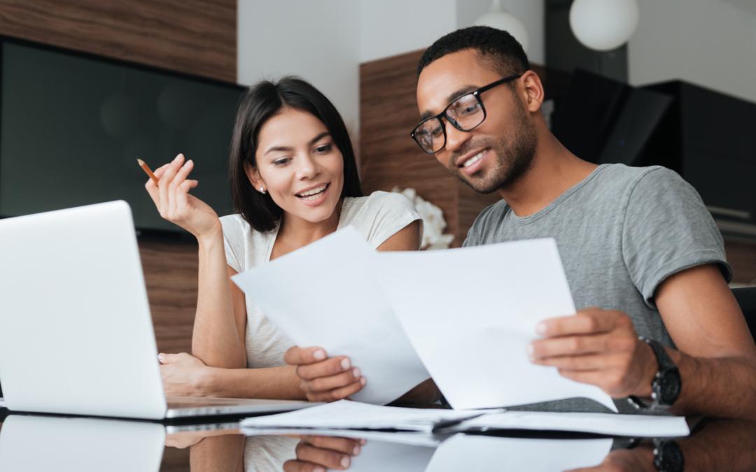 frau und mann erstellen schuldenbereinigungsplan